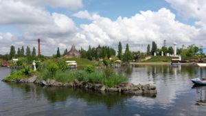 Parkanlage inklusive See