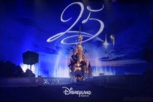 das imposante Logo zum 25jährigen Jubiläum des Disneyland Paris